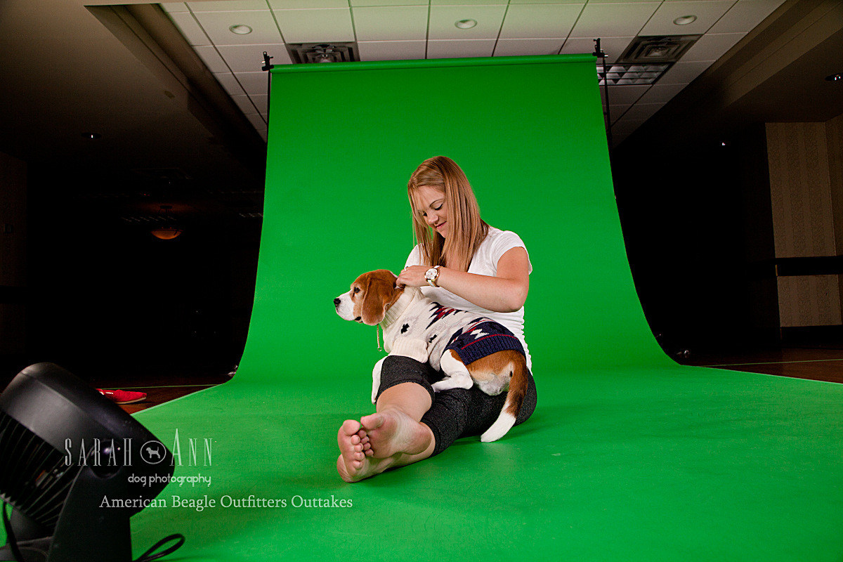 miss-p-with-mom-american eagle shoot-beagle-outfitters-green-screen-shoot